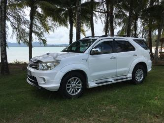 Toyota Fortuner 4WD 3,000 CC